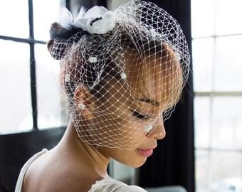 Wedding veil - black & white - anemone