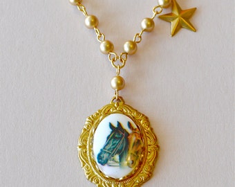Horse Cameo Gold Star and Pearl Necklace, Equestrian Necklace, Vintage Horse Cameo, Kentucky Derby Necklace, Western Kitsch Jewelry
