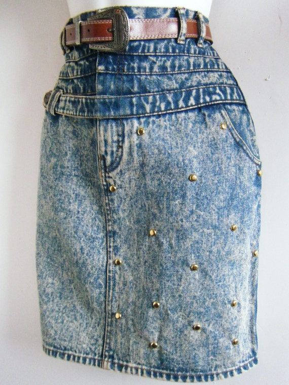 1980s gloria vanderbilt studded denim skirt by