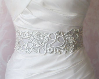 Silver Lace Bridal Sash, Light Grey Wedding Gown Sash, Beaded Bridal Belt in Silver Gray - GIA