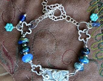 Fine Silver Heart and Silverglass Lampwork Bead Bracelet