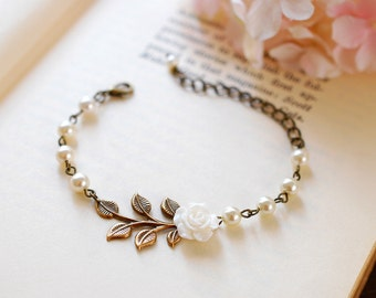 Bridal Bracelet, Wedding Bracelet, Wedding Jewelry. White Flower Cream Ivory Pearls Antiqued Brass Leaf Bracelet, Bridesmaid Bracelets