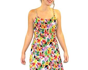 80s  flowing sundress. Twee dress. Mini dress. Red yellow green. Spaghetti strap.  Size Medium. Floral berries print. Strawberry. Cherry.