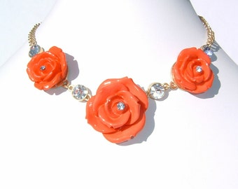 Cinnabar color Rose Shaped and Rhinestone Necklace