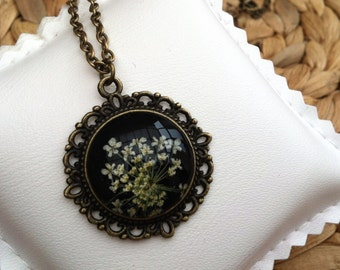handmade jewelry, unique gift for her, real flower necklace, nature jewelry, vintage bronze, pressed flower jewelry, dried flower necklace