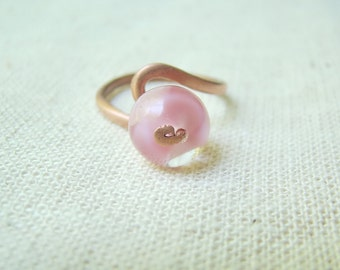 Pink ring - elegant summer jewelry, rose glass