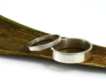 Wedding Band Ring Set - Sterling Silver Rings - His and Hers Matching Wedding Rings - Made in your size by Gioielli Designs