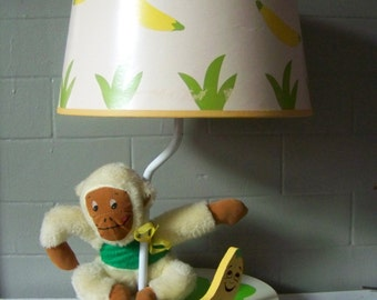 Vintage Monkey Lamp - musical