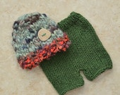 RTS Knit Baby Outfit NeWBoRN PHoTO PRoP Unisex Hat Pant SET Boy Girl Moss Green Coral CHuNKY BeANiE Button Cap Shorts CoMiNG HoME GiFT OOAK