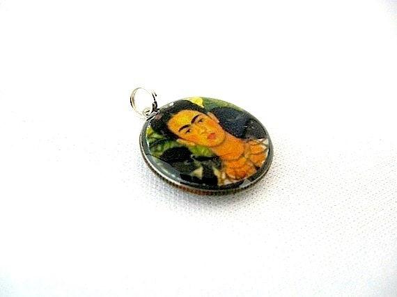 Frida Kahlo Dime Charm Pendant - Frida Kahlo Pendant Repurposed - Up-cycled - Chain Optional