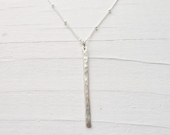 Linear Stick Necklace - Sleek Modern Bar Pendant Silver Vertical Bar Long Y Charm Bridal Jewelry Silver Hammered Necklace