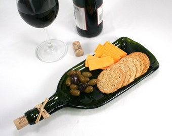 Large Molded Dark Green Wine Bottle Serving Tray or Spoon Rest with Cork and Raffia - Recycled Eco-Friendly