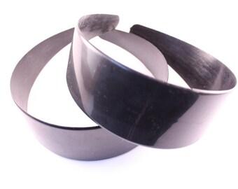 6 pieces - 50mm Black Plastic Headbands