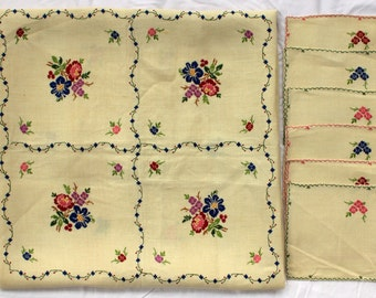 Floral Embroidered Table Linens, S/7 - Luncheon Size - Fine Flax Linen