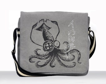 Mad Science Squid Canvas Vintage messenger bag