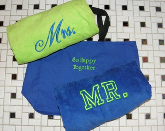MR. & MRS. BEACH Towels with Tote Bag Bride / Groom Set Made To Order Embroidered 100% cotton terry velour Bridal Shower Wedding Gift