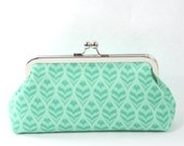 Mint Green Kiss lock clutch purse, Bridesmaid Clutch, Spring Wedding Purse - Ogee Mint to Be
