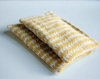 Talia Organic Lavender Sachets / fragrance sachet / drawer sachet / dryer sachet chemical free / geometric triangles arrows / mustard yellow