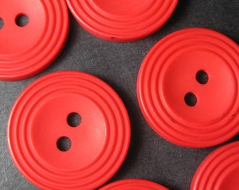 Vintage buttons red rimmed x 6 (BR11)