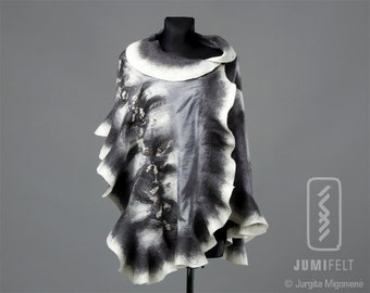 Felt Scarf - Wavy ruffled Shawl - Shiny Grey and White - Handmade wool and silk