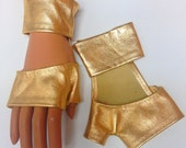 SALE Gold Leather gloves