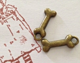 dog bone  charm jewelry supply embellishment for scrapbooking ccd1 qty 5  antiqued bronze  RB10