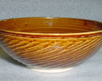 Wheel Thrown Pottery Serving Bowl in Amber with Textured Exterior