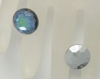 14mm Foiled West German Chaton/Stone in Sapphire/Green or Bronze/Green (2)