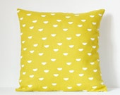 scales pillow cover - white / yellow