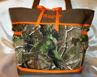 Camo Diaper bag Duffle Max 4 HD mossy duck blind realtree 3 sizes Great for Dad's Diaper bag handbag purse roomy 8 pockets personalize