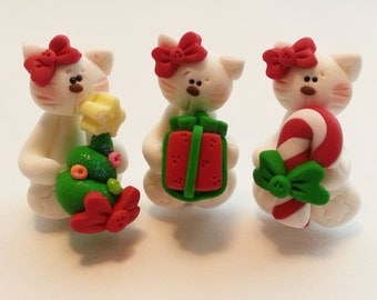 Christmas Kitty Polymer Clay Charm Bead, Scrapbooking, Bow Center, Pendant, Cupcake topper, Magnet, Ring