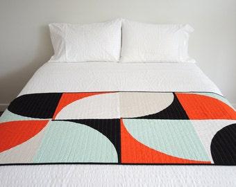Modern Quilt - Graphic Bed Runner - POP