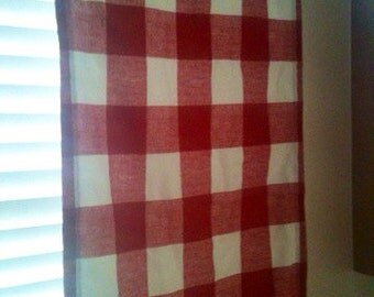 2 Red Gingham kitchen Curtains - Lined