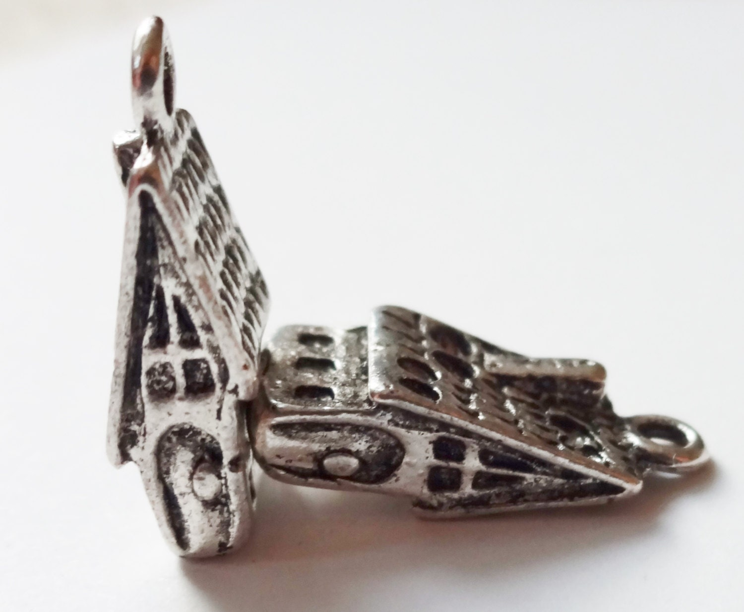 8 Cabin Charms 3d 17x7x2mm From Charmsfindingsplus On