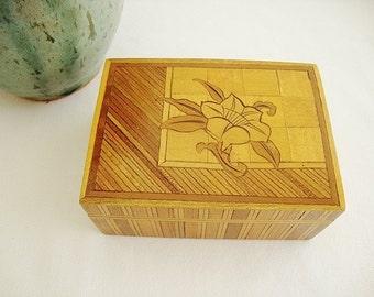 vintage wood marquetry inlay wood trinket box with lid
