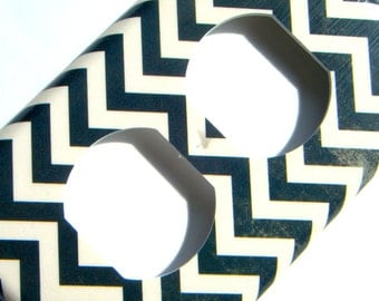 Chevron Outlet Cover -- Black Distressed