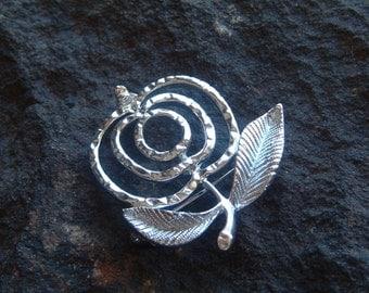 Brooch, Pin, Fashion Pin, Vintage Sarah Coventry Silver Tone Apple Brooch Pin