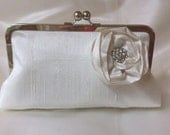 The CLASSIC clutch with rosette silk and add on photo lining