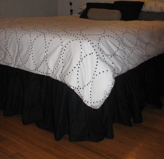 full size cotton ruffled bed skirt. Black Bedroom Furniture Sets. Home Design Ideas
