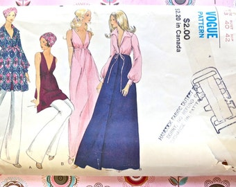 Vogue 7904 - Vintage 1970s Womens Empire Dress Pattern with Robe and Pants