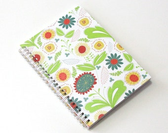 Large Coupon Organizer with 14 Pockets - Pre Printed Labels Included - Bright Flowers