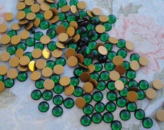 Swarovski 6mm Emerald Green Gold Foiled Round Flat Back Glass Cabs or Stones (12 pieces)