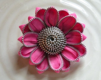 Pink Vintage Recycled Zipper Brooch or Hair Clip