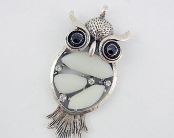 Antique Silver-tone Rhinestone Owl Pendant Frosted Acrylic Cabochons