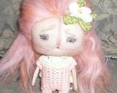 Peach-Tiny Art Doll