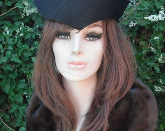 Gorgeous Gene Doris Black Velvet Hat w/Netting