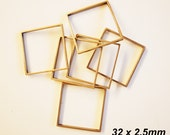10 pcs cut raw brass charm in square box shape 32 x 32 x2.5mm with one hole