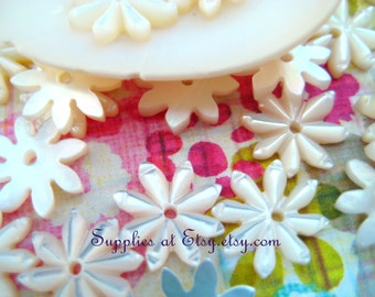 Special SALE Genuine Mother of pear star carver flower cabochon beads 10mm-  White Sea shell flower bead-shell Carved Flower Cabochon