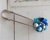 Zoey -  shawl pin with vintage pearl cluster