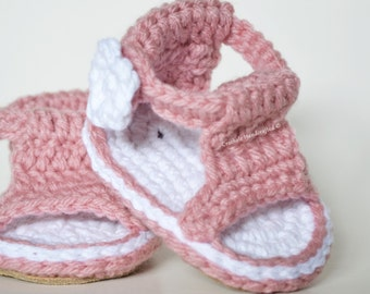 Items similar to Baby Gladiator Sandal Crochet Digital ...